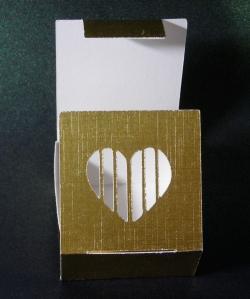 Tiny gift box B